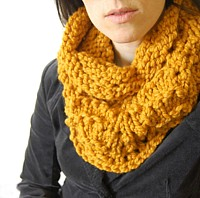 Preview This Free Knitting Pattern: Chunky Lacy Cowl