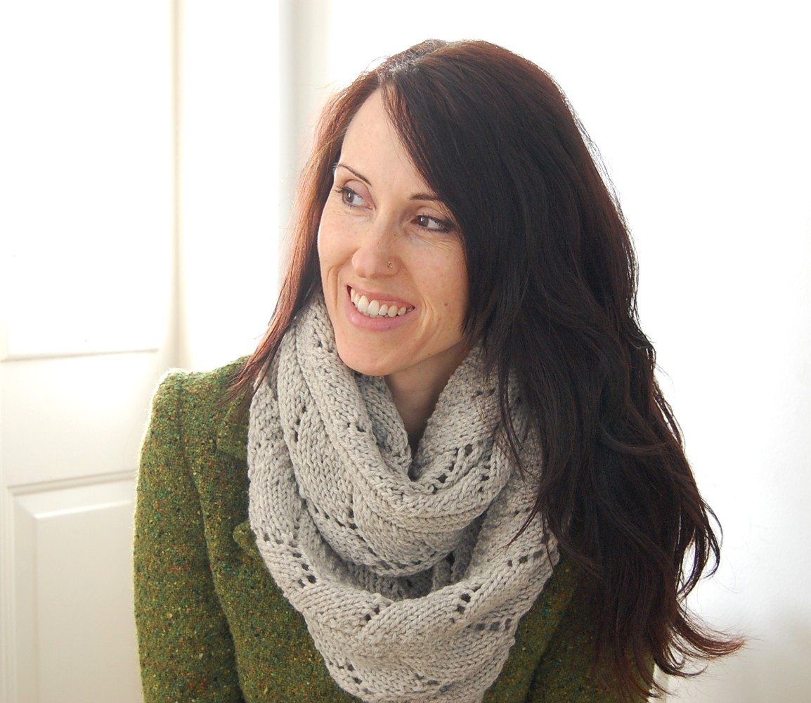 Knitting Pattern Lace Infinity Scarf : Comfort Cowl Test Knit   She Knits And Plays With Clay
