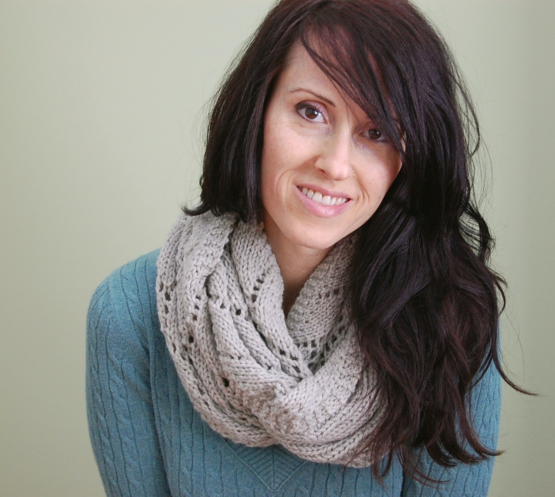 Beautiful Free Knitting Pattern For Infinity Scarves Ensign ...